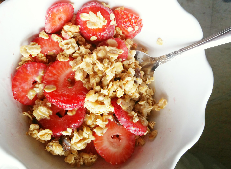 Image of strawberries and granola breakfast